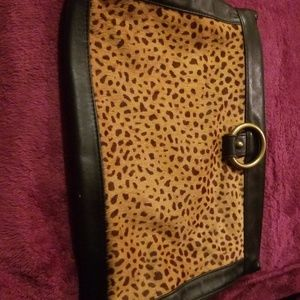 Banana Republic Bags - Bananas Republic leather cheetah print clutch